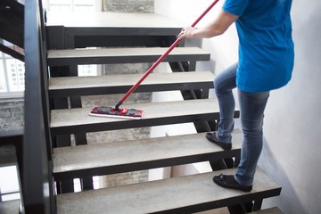 move out - move in cleaning nyc services clean the floor